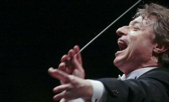 Filarmonica Arturo ToscaniniCoro del Teatro Regio di ParmaRoberto Abbado