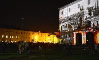 #22.2.22 Videomapping per il Monumento a Verdi