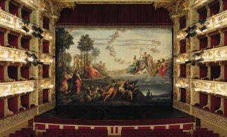 Un magico teatro