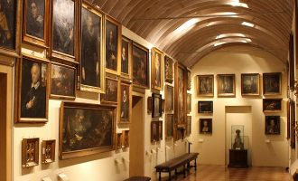 Visita guidata alla Pinacoteca Stuard