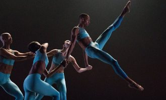 Complexions Contemporary Ballet – From Bach to Bowie